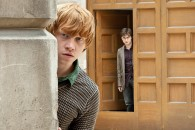 harry potter and ron weasley in a scene from Harry Potter and the Deathly Hallows