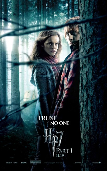 Hermione and Ron Weasley from Harry Potter and the Deathly Hallows movie wallpaper