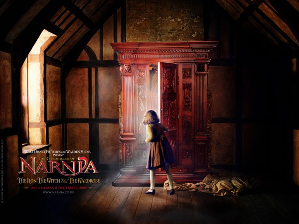 wardrobe from the Chronicles of Narnia wallpaper