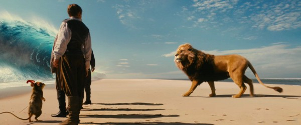 Aslan the lion from the Chronicles of Narnia Voyage of the Dawn Treader movie wallpaper