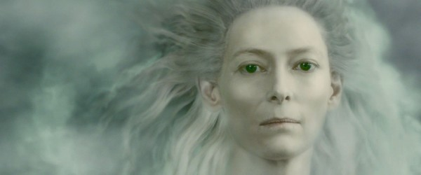 the ghost of Jadis the white witch appears in the Chronicles of Narnia Voyage of the Dawn Treader wallpaper