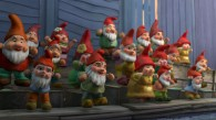 red gnomes from Disney's Gnomeo and Juliet movie wallpaper