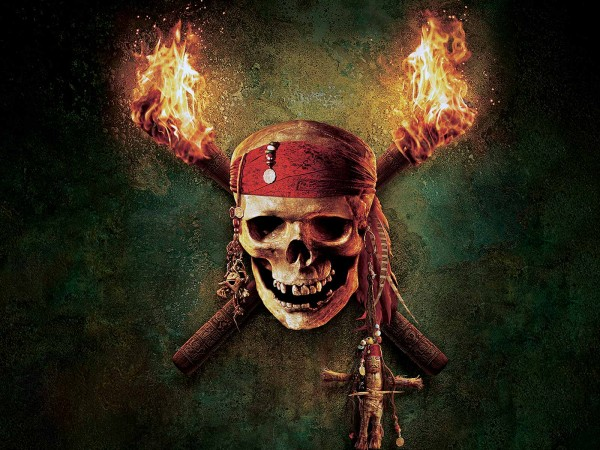 pirate skull logo from the Pirates of the Caribbean movies wallpaper