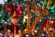 christmas tree with ornaments, soldier and harp wallpaper