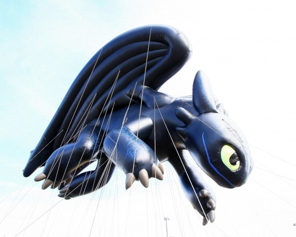 Toothless Night Fury dragon Macy's parade balloon How to Train Your Dragon