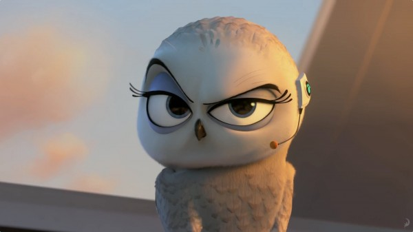 Eva the snowy owl from The Penguins of Madagascar movie wallpaper