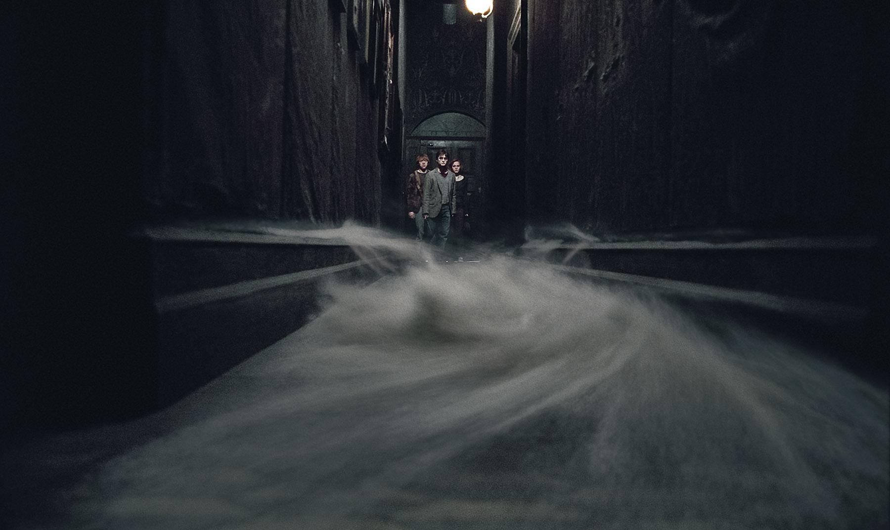 Creepy Hallway from Harry Potter Deathly Hallows Desktop